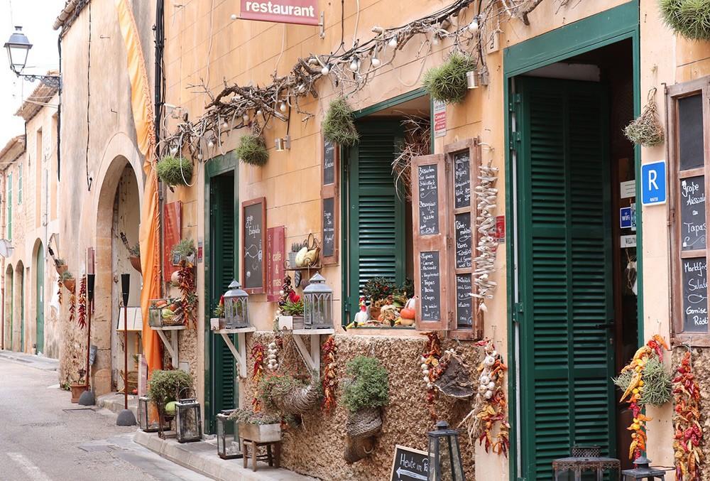 visiting Mallorca year round