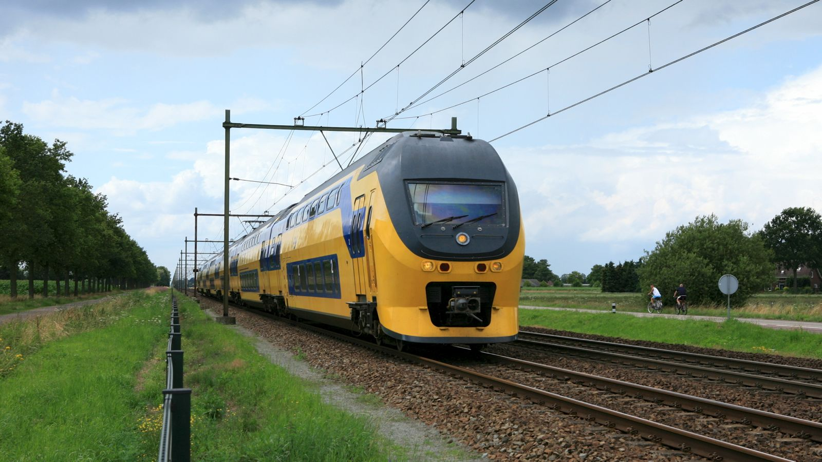 traveling through Holland by train (NS train)