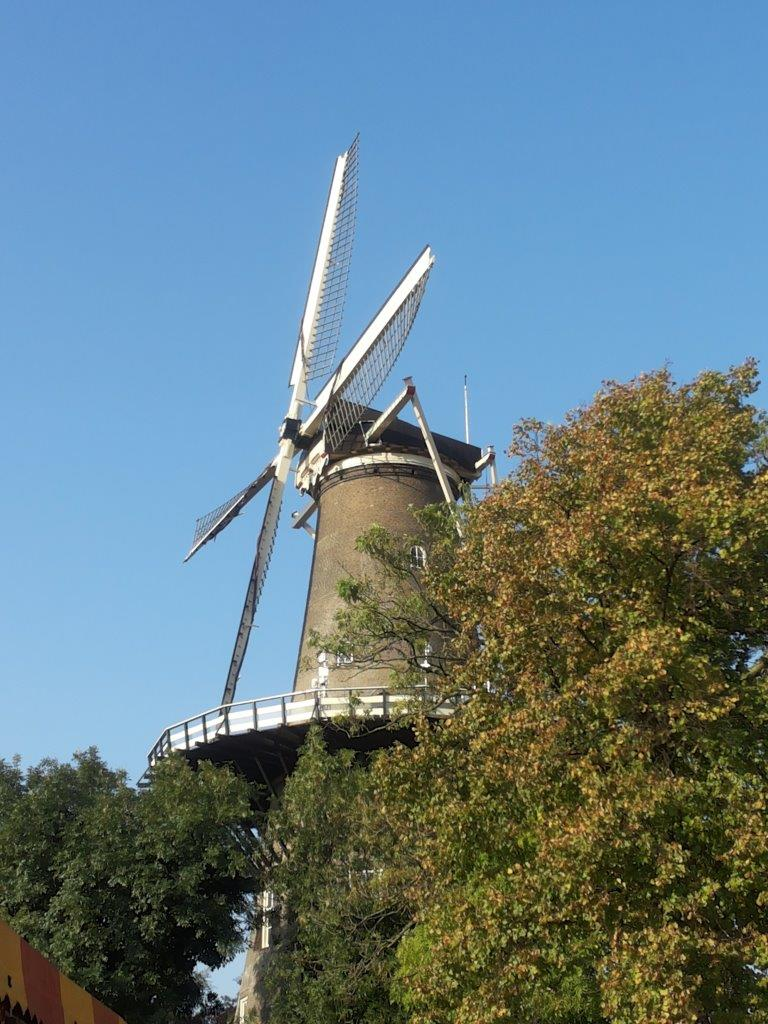 Photo of Leiden's windmill De Valk
