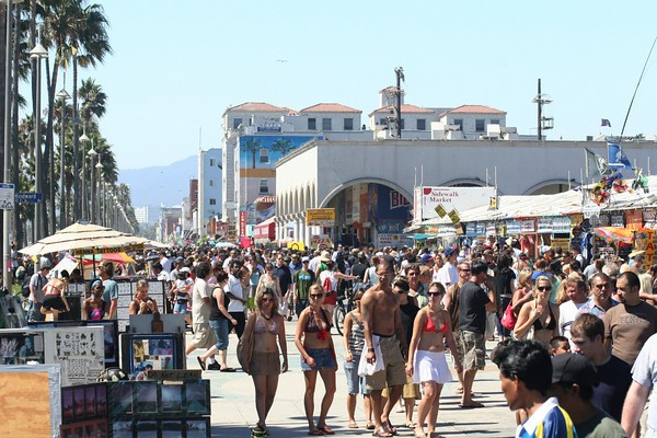what to do in LA for the weekend: Venice Beach Boardwalk
