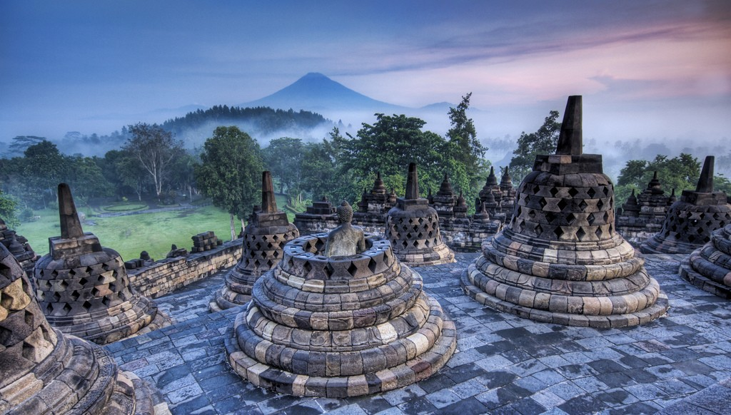 Indonesia facts: Borobudur temple