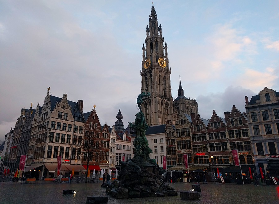 One day in Antwerp - Grote Markt (Great Market Square)