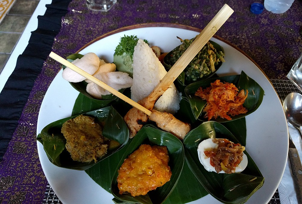 Indonesian food - travel tips