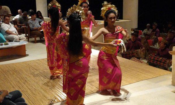 balinese_dance_travel_indonesia