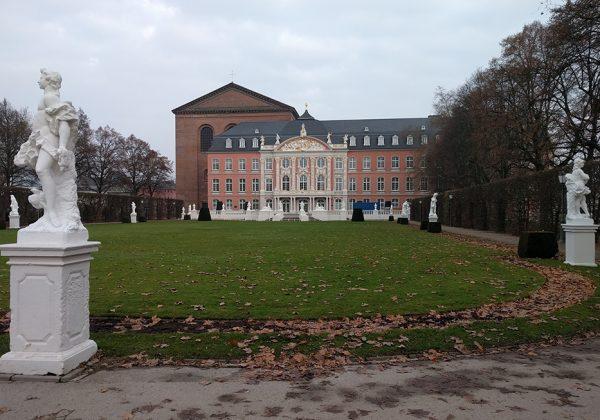 kurfurstliches_palais_trier_must_visit