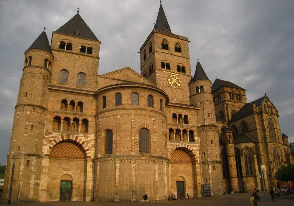 trierer_dom_must_visit_trier_germany