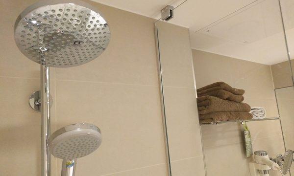 clarion_hotel_arlanda_airport_bathroom