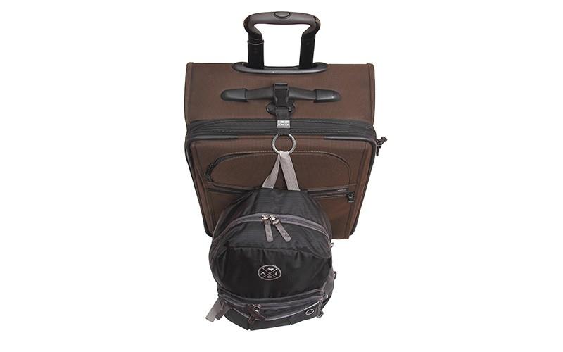 travel accessories: luggage straps