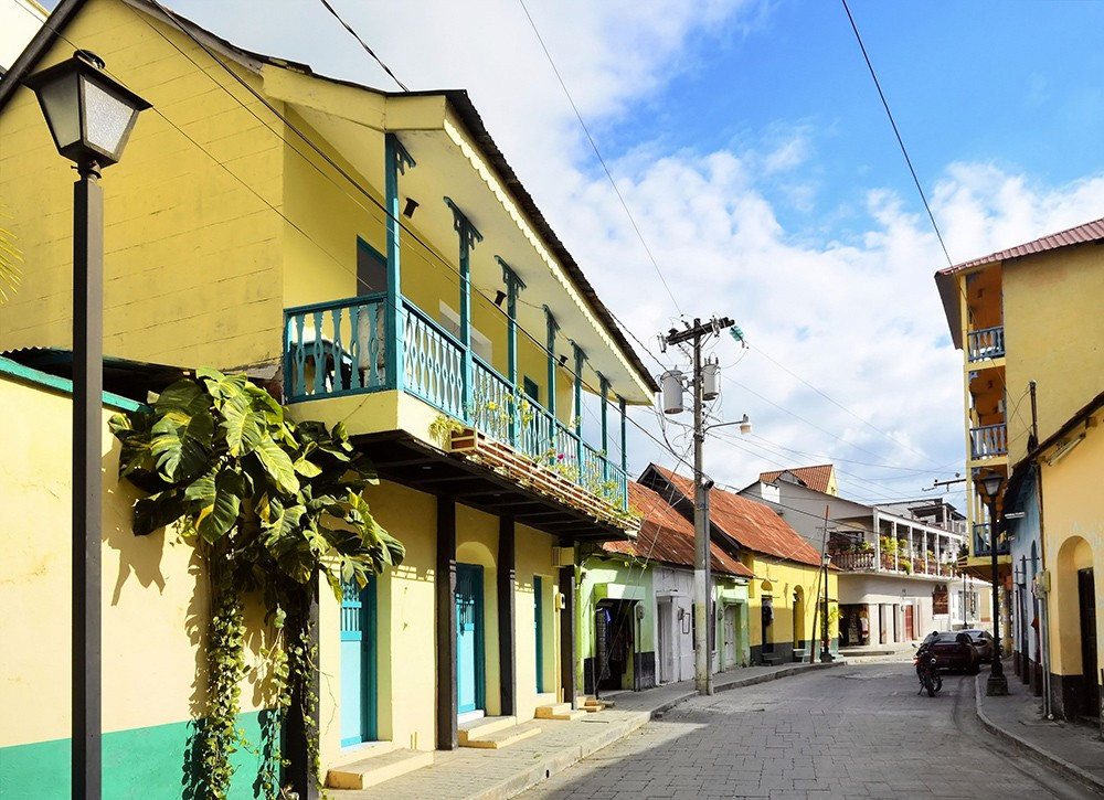 must-see places in Guatemala: Flores, Guatemala