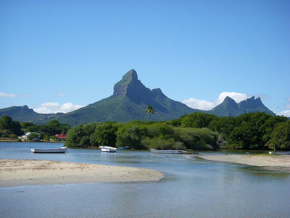 live in Mauritius as an expat