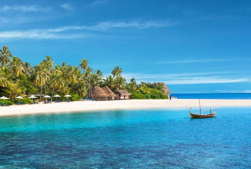 where to stay in the Maldives: W Maldives private island resort