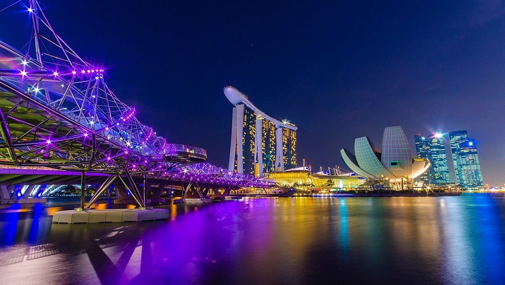 A Local's Guide to What to Do & Where to Stay in Singapore