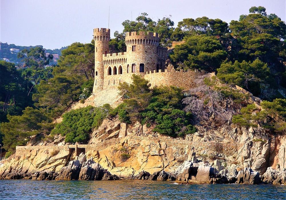 Spain family vacation on the Costa Brava