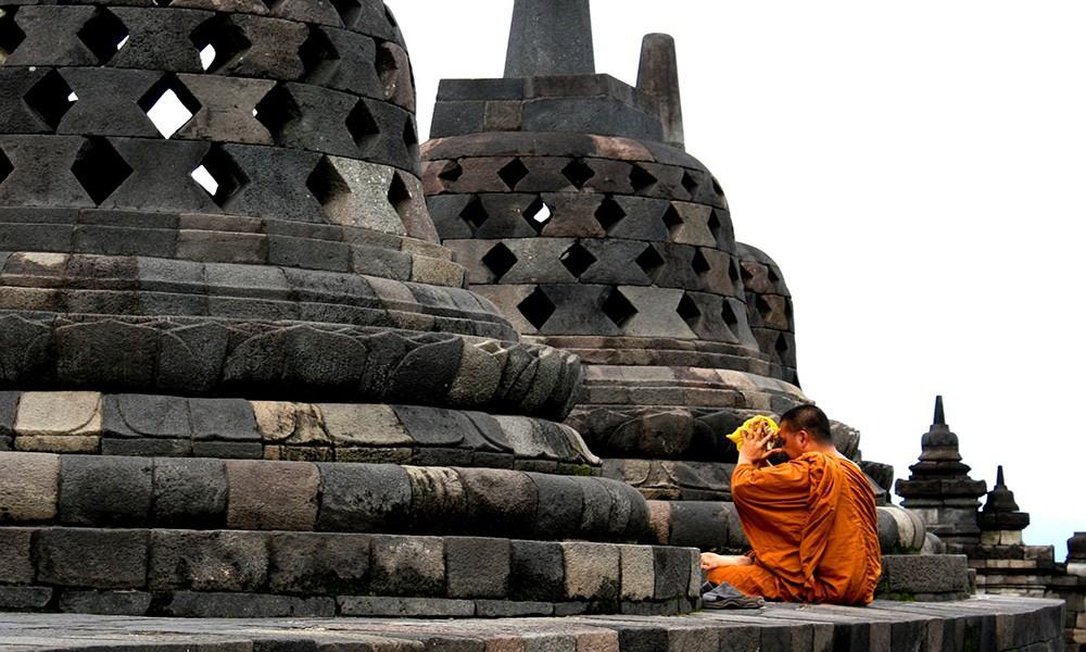 Indonesia travel tips: Borobudur temple