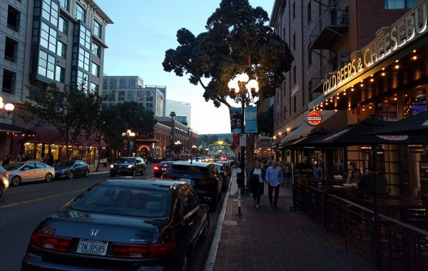 what_not_to_miss_travel_san_diego_gaslamp_quarter