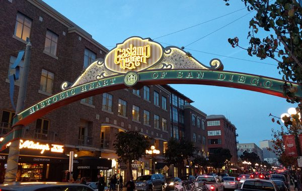 what_to_see_do_short_trip_san_diego_gaslamp_quarter