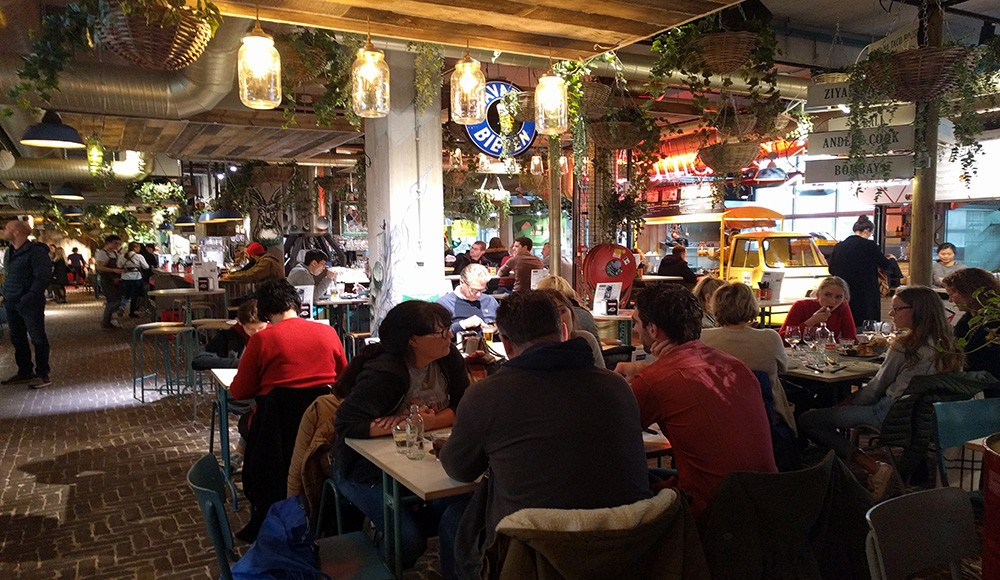 what to see & do in Eindhoven: have lunch at Down Town Gourmet Market