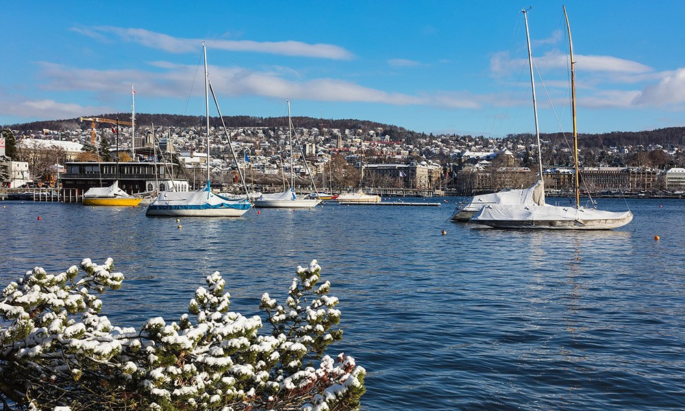 A complete travel guide to Zürich: Lake Zürich