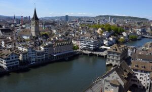 A Complete Travel Guide to Zürich – Insider Tips & Map