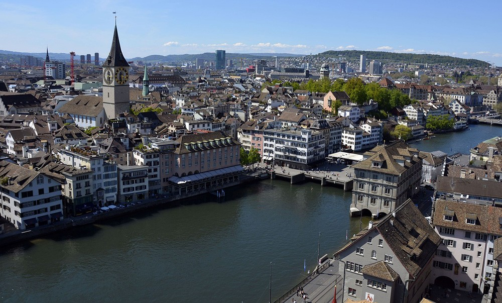 A complete travel guide to Zürich