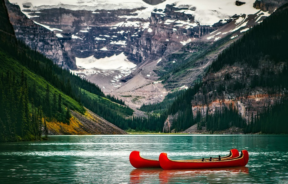 Things to know before traveling to Canada: Canada's nature is stunning
