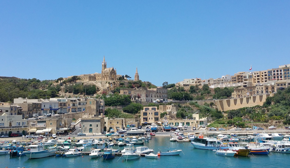 Special things to do in Malta: a Gozo jeep tour