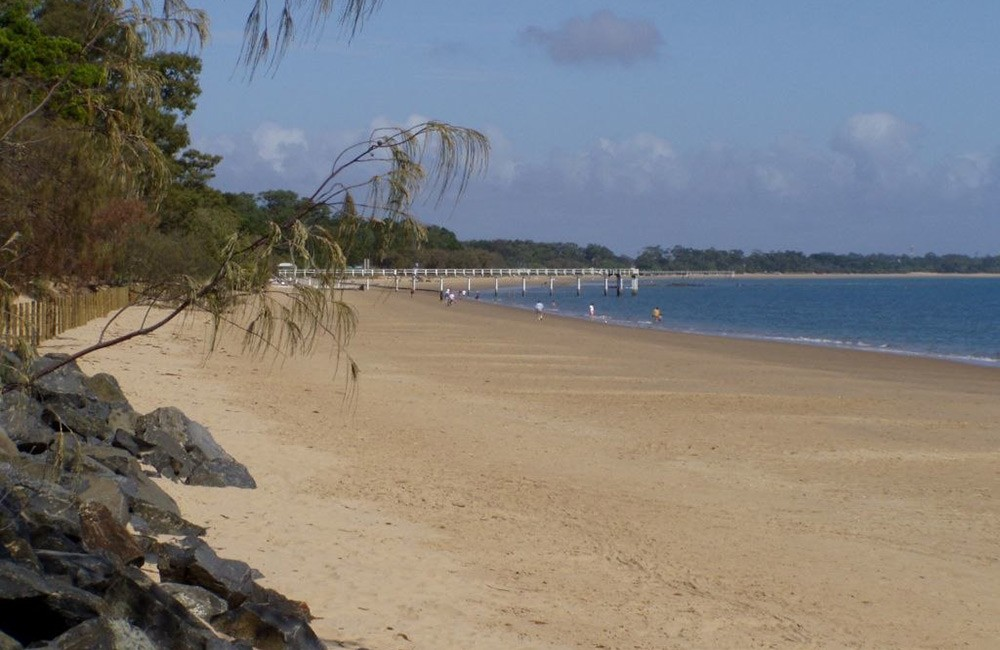 Free things to do in Hervey Bay: go to the beach