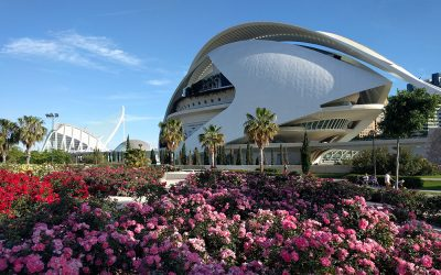 Retiring in Valencia, Spain – 4 Retirees Share Their Experiences & Tips