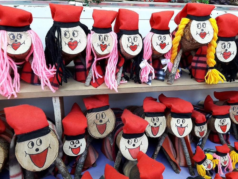 Spanish Christmas traditions for kids: Caga Tio