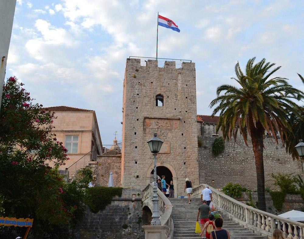 Korčula's town gate