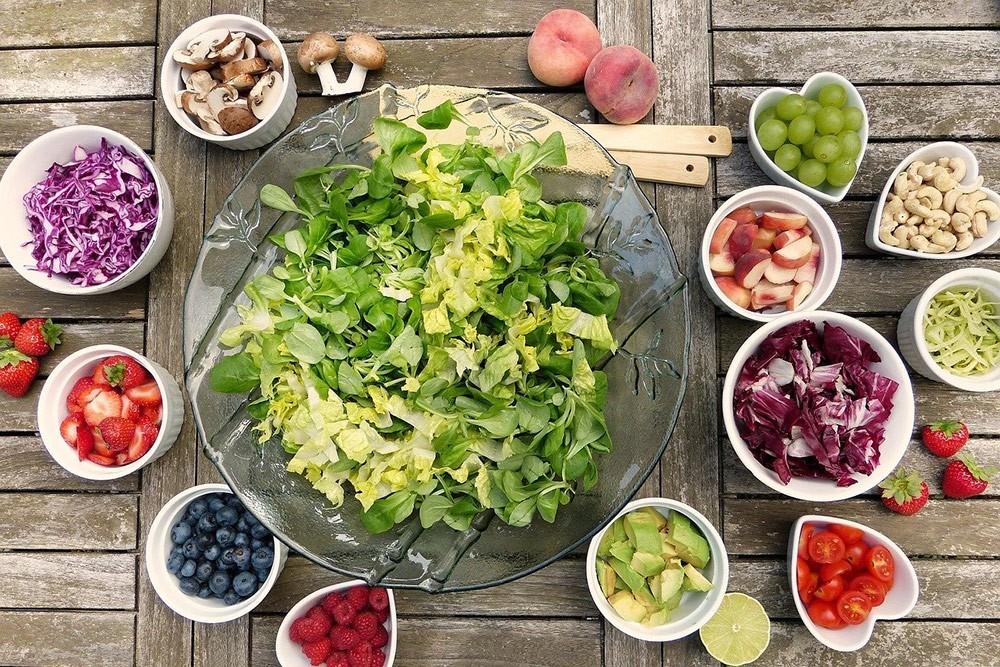 healthy salad ingredients