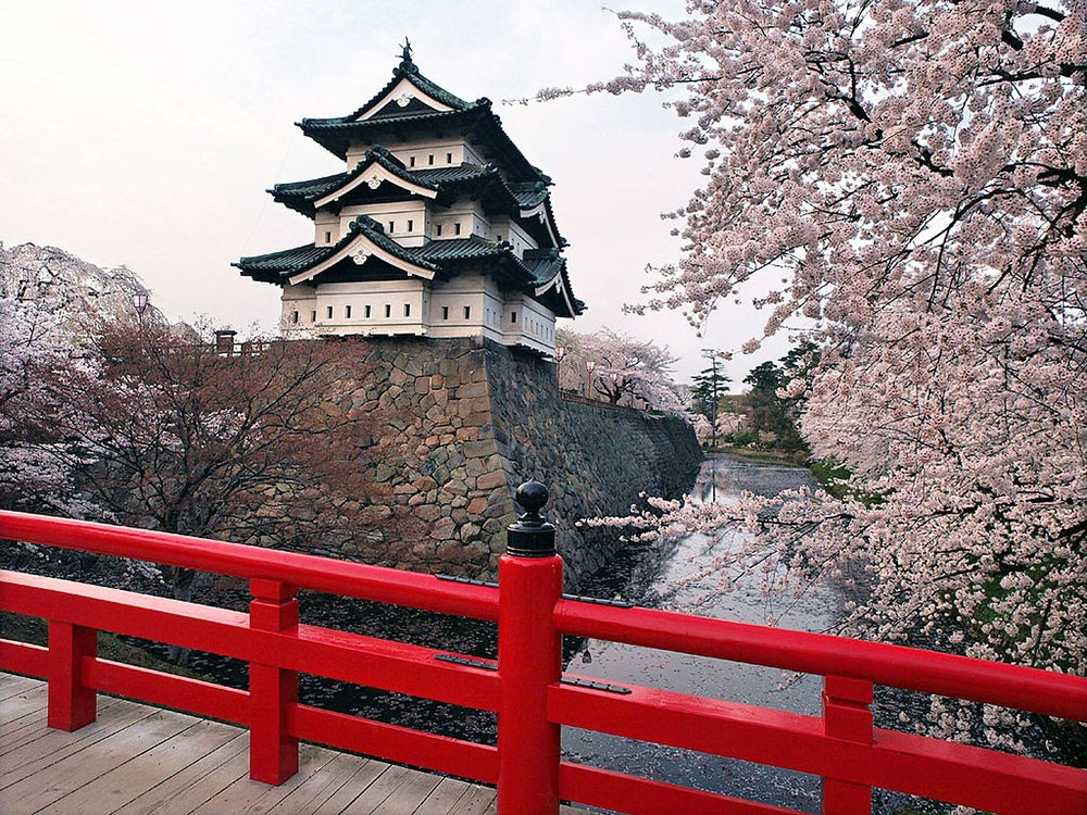 Hirosaki Castle - Japan countryside