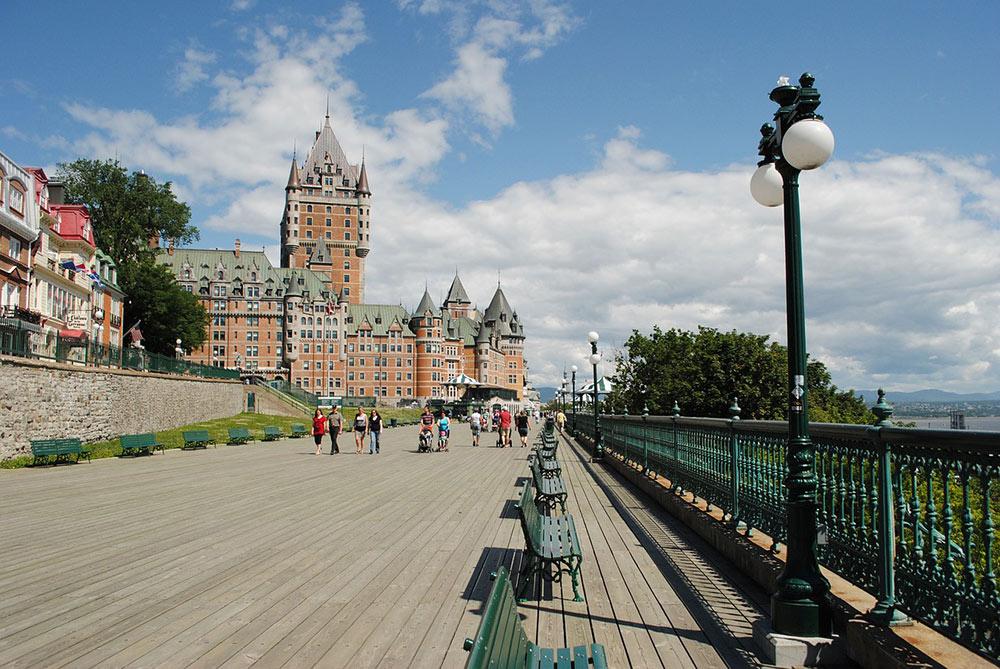 Terrasse Dufferin in a sunny day in Quebec